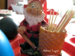 Gnome Toothpick handler